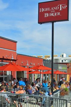 LoHi Highland offers a wide variety of restaurants, cafes, coffee shops, brew pubs and more. Most of them have outdoor seating for you to enjoy the sunny Denver weather. Also, much fun on a warm Summer evening!