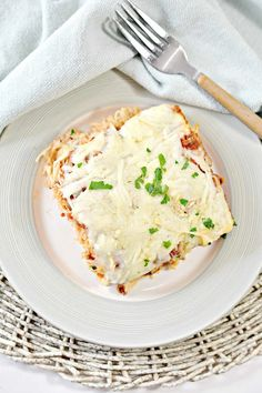 Baked Cream Cheese Spaghetti, Spaghetti Pie, Baked Spaghetti, Meat Recipes, Pasta Recipes, Cooking Recipes, Chicken Recipes, Plain Chicken Recipe, 9x13 Baking Dish