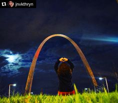 #Repost @jnvkthryn  to #travel is that one thing i'm good at even if I go broke   #stlouis #missouri #gatewayarch #usa  #instagood #instapic #instadaily #igers #igdaily #wanderlust