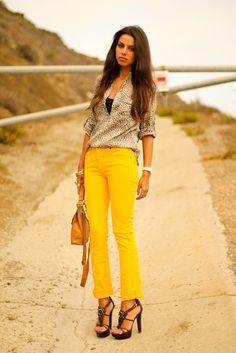 i need a pair of yellow pants..