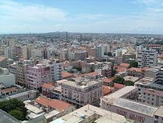 Dakar con el minarete de la Gran Mezquita en primer plano. Dakar. Capital de…