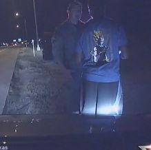 Citizens Arrest: Man Pulls Over A Texas State Trooper For Speeding Causing Officer To Apologize http://ift.tt/2aDcbfG