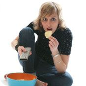 Is Evening Eating Destroying Your Weight Loss Efforts?  Cues to Eating and How to Control Them