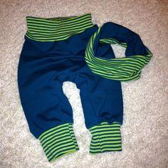 Baby Wendehose_01 innen mit passendem Halstuch