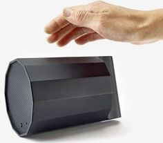 Hand gesture controlled Rumble speaker » Design You Trust
