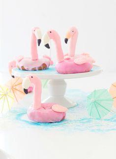 Craftberry Bush | Flamingo Pool Float Donut | http://www.craftberrybush.com