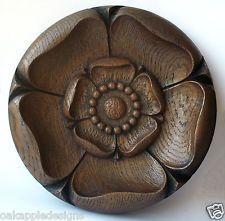 Yorkshire-Rose-Carving-Tudor-Ornament
