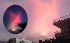 Grécia - Fenômeno incomum que parece ser uma estrela avermelhada capturado sobre Patras