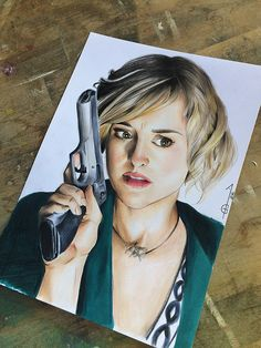 Allison Macks Chloe Sullivan, Smallville, dc comics, superman, clark kent  Artworks inspired by TV Shows Made with graphite, coloured pencils, pastels, markers, watercolor.