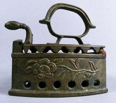Victorian Cast Iron Sad Iron