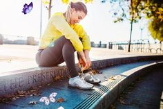 10 Reasons Your Belly Fat Isn't Going Away You've been feeling blue for a while<br> Yes, stomach fat may be stubborn, but here are some research-proven ways to target it. Belly Blaster, Fall Allergies, Cute Athletic Outfits, Sexy Workout Clothes, Running Injuries, Womens Workout Outfits, Diet Plans To Lose Weight, Burn Calories, Lose Belly Fat