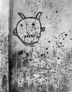 Brassaï, Graffiti de la Série VIII, La Magie