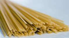 Enjoy! 3 Ways To #Cook #Linguine (No Clams Needed) - http://www.finedininglovers.com/blog/food-drinks/ways-to-cook-linguine/