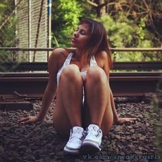#Sneakergirls #sneakers #kicks #girls