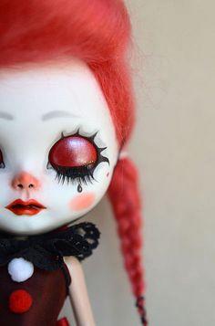 Pretty Dolls, Beautiful Dolls, Ooak Dolls, Blythe Dolls, Clown Faces, Doll Makeup, Monster Dolls, Valley Of The Dolls, Gothic Dolls