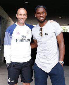 legenda sepak bola yang memiliki sejarahnya masing masing #Legends #Zidane and #Drogba