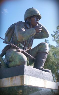 ✯ Memorial to the Navajo Code Talkers from World War II - Arizona State Capitol Mall ✯