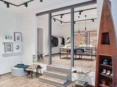 3 eshops to be stylish as in Berlin FETE DE LA BOUTIQUE shop & eshop Berlin - Germany BRANDS : MINIMUM, Second Female, Bruuns Bazaar… http://comment-tu-t-appelles.com/en/shop-we-love.html#7 --- http://www.fetedelaboutique.com/