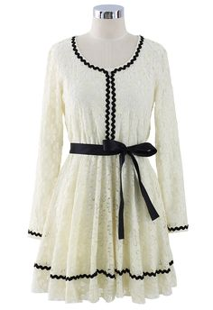 Contrast Tirm Lace Dress with Belt - Retro, Indie and Unique Fashion
