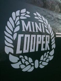 Mini Cooper via Sissons Sissons Mitchell Fellow potter Mini Cooper 2017, Mini Cooper Classic, Classic Mini, Classic Cars, My Dream Car, Dream Cars, Mini Coper, Mini Countryman, Mini S