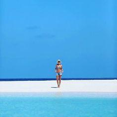 Blue & White  By @crisvallias #island #beach #atoll #fun #love #maldives #travel #nature #wow #paradise #earth # https://t.co/hKAyZyaUpk (via Twitter http://twitter.com/maldivesinpics/status/737401175427960832) - http://ift.tt/1HQJd81