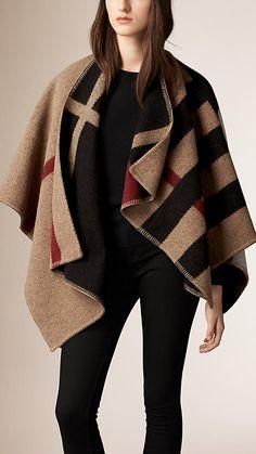 Checks house/negro Poncho en lana y cachemir con motivo de checks House/negro - Imagen 1