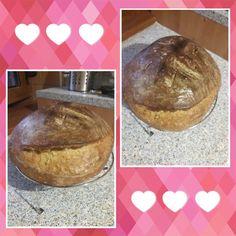 Kvaskovy chlebik Bread, Food, Home Decor, Decoration Home, Room Decor, Brot, Essen, Baking, Meals