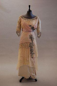 A rare Charles Drècoll evening gown, circa 1913