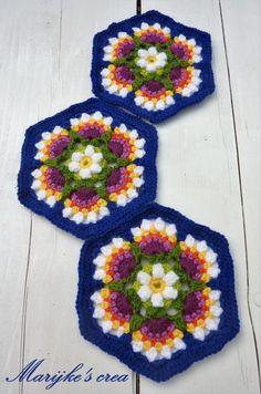 Frieda's flowers block 3