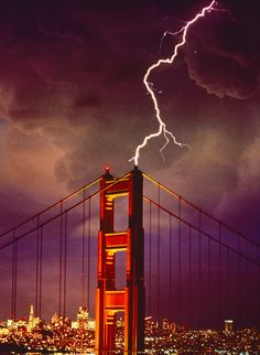 Lightning striking the Golden gate Bridge, San Francisco, California Copyright: Richard Lee Kaylin Tornados, Thunderstorms, Beautiful World, Beautiful Places, San Francisco, San Diego, Cool Photos, Cool Pictures, Storm Pictures