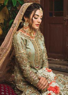 Pakistani Bridal Hairstyles, Pakistani Bridal Makeup, Pakistani Fashion Party Wear, Pakistani Wedding Outfits, Pakistani Dresses Casual, Pakistani Dress Design, Mehndi Hairstyles, Indian Bridal, Indian Dresses