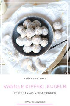 Vegane Energy Balls die nach Vanille und Weihnachten schmecken? Kein Problem mit diesen kugeligen Vanille Kipferln.