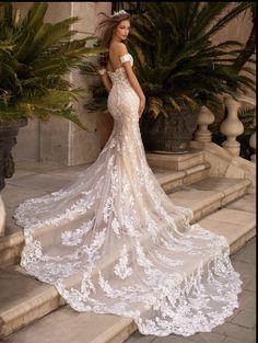 Wedding Dress Shopping, Long Wedding Dresses, Bridal Dresses, Wedding Dress Long Train, Form Fitting Wedding Dresses, Lace Trumpet Wedding Dress, Stunning Wedding Dresses, Wedding Dresses Fit And Flare, Lace Dresses