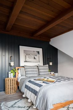 Amongst several styles of bedroom decoration, modern styles have attracted massive attention. They typically come with sleek, simple, yet clean impression. Simple Bedroom Decor, Home Decor Bedroom, Bedroom Ideas, Coastal Bedrooms, Master Bedrooms, Bedroom Paint Colors, Wood Bedroom, Minimalist Bedroom, Beach House Decor
