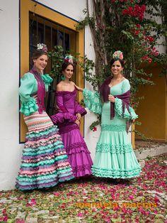 Colección de trajes de flamenca 2015 - Manuela Macías Moda Flamenca Spanish Dress, Spanish Style, Spanish Culture, Spanish Fashion, Bridesmaid Dresses, Wedding Dresses, Color Combinations, Personal Style, My Style