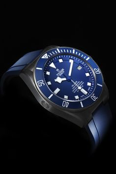 Discover the TUDOR Pelagos, the ultimate mechanical divers' watch waterproof to 500 metres, on the Official TUDOR Website Big Watches, Sport Watches, Luxury Watches, Cool Watches, Rolex Watches, Watches For Men, Fancy Clock, Tudor Pelagos, Automatic Watch