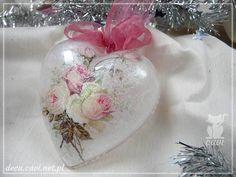 bombka akrylowa róże serce papier ryżowy