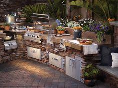 Modern Outdoor Kitchen, Outdoor Kitchen Plans, Outdoor Kitchen Countertops, Backyard Kitchen, Outdoor Cooking, Outdoor Living, Outdoor Kitchens, Outdoor Spaces, Summer Kitchen