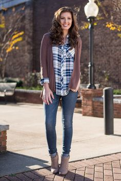 This is the casual, easy to wear cardi that everyone needs! It's so easy to layer because it practically goes with everything!  Material has a generous amount of stretch. Chelsea is wearing the small. Sizes fit: Small- 0-4; Medium- 6; Large- 8-10