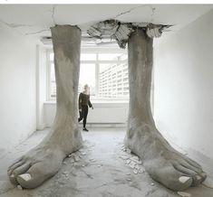 Mario Mankey — Ego Erectus, 2017 Sculpture