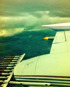 Stopping the hail in the cessna 340. Kind of cool to see a flame outside near your wing. All is regulatory approved.