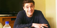 And if you don't love him already then there's no hope for you. 29 Reasons To Fall In Love With Max Irons Jake Abel, Bae, Max Irons, Douglas Booth, Ben Barnes, Treat People With Kindness, Famous Men, Attractive People, Hello Gorgeous