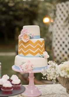 Chevron wedding cake. Love.