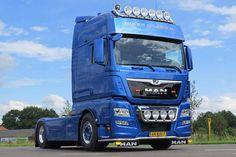 Volvo Estate, Sale Promotion, New Trucks, Trailers, Digital Marketing, Social Media, Vehicles, World, Trucks