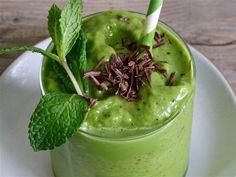 Healthful Vegan Mint Chip Smoothie -- avocado makes it nice and creamy