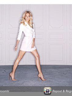Burcu Esmersoy ceket elbise Nightzoom styled by Mert Aslan koleksiyonumuzdan. #adletksi #zamansizstil @mertaslanfashion