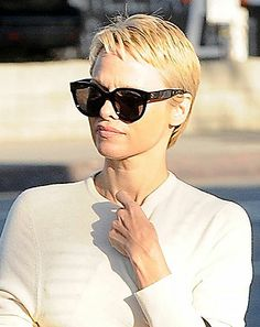 Pamela Anderson Reveals Chic Pixie Cut, Is Nearly Unrecognizable: Picture