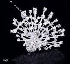 6x5cm Slivery Shining Trendy Peacock Spread Paved Crystal Lady Pin Brooch Rhinestone