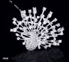 6x5cm Slivery Shining Trendy Peacock Spread Paved Crystal Lady Pin Brooch Rhinestone