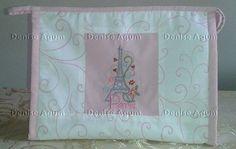 Necessaire bordada. www.facebook.com/deniseagumpatchwork?ref=bookmarks